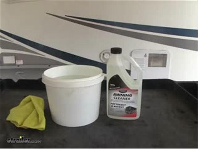 Valterra Rv Awning Cleaner 32 Oz Bottle Valterra Accessories And Parts V88542
