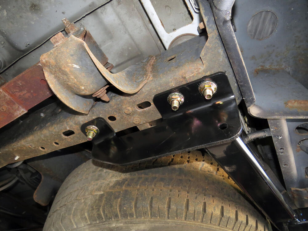 Curt Trailer Hitch Receiver - Custom Fit - Class Iv