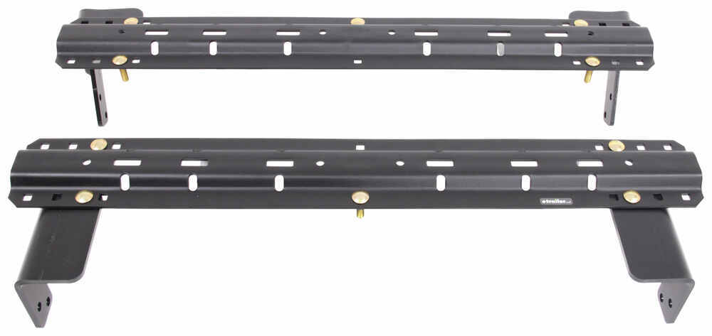 Curt Above the Bed Fifth Wheel Installation Kit - C16306-204