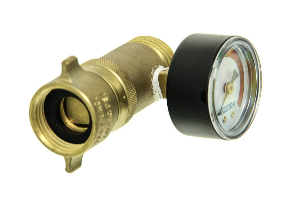 Camco Rv Water Pressure Regulator W Gauge Brass Camco Rv Fresh Water Cam40064