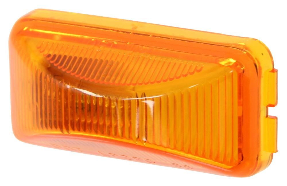M152A - Surface Mount Peterson Clearance Lights