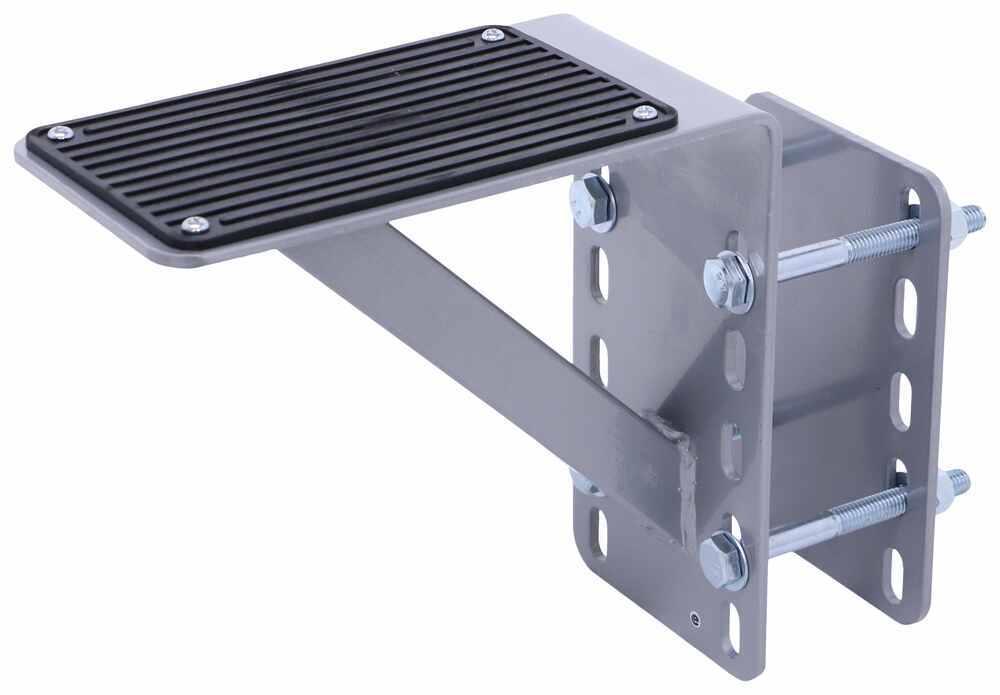 MT70089 - 6 Inch Wide MaxxTow Step