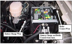 2007 gmc yukon denali fuse box locating the brake control and battery charge wires on a 2007 gmc  battery charge wires on a 2007 gmc